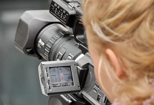 子どもの成長を実感できる!カメラロールにある動画を一斉再生するアプリiFodio(無料)