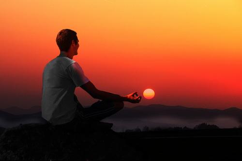 たった15分で集中できる!感覚が鋭くなる!今こそ「瞑想」のススメ!