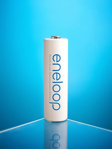 プラレールにピッタリ!単3電池で単2の代わりができる、エネループ電池スペーサーを試してみた!