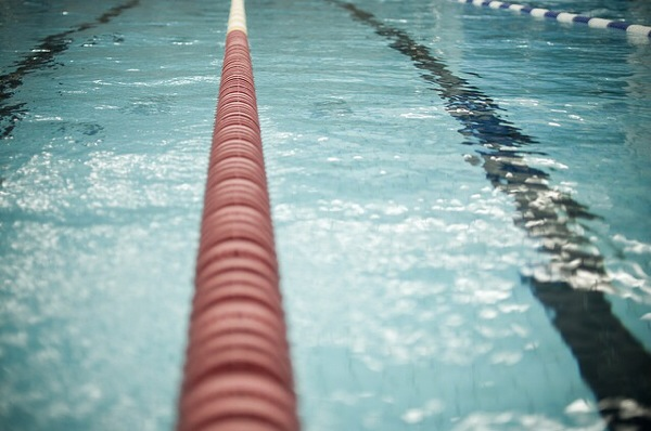 トライアスロンのための第一歩。サブでも50m泳げるプールに行ってみた!