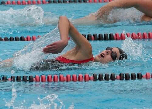 【クロールはゆったり泳ぐと速くなる! by 高橋 雄介】水泳はまだまだ進化している!理屈を知って賢く泳ごう!