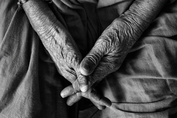 【「脳の栄養不足」が老化を早める!  by 溝口 徹】老化の原因は栄養不足!老けないために食事を見直そう!